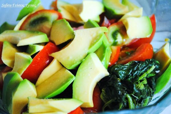σαλάτα με βλήτα και ντομάτα